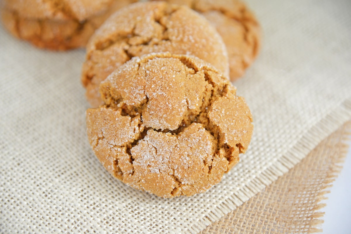 close up of cracks in molasses cookies