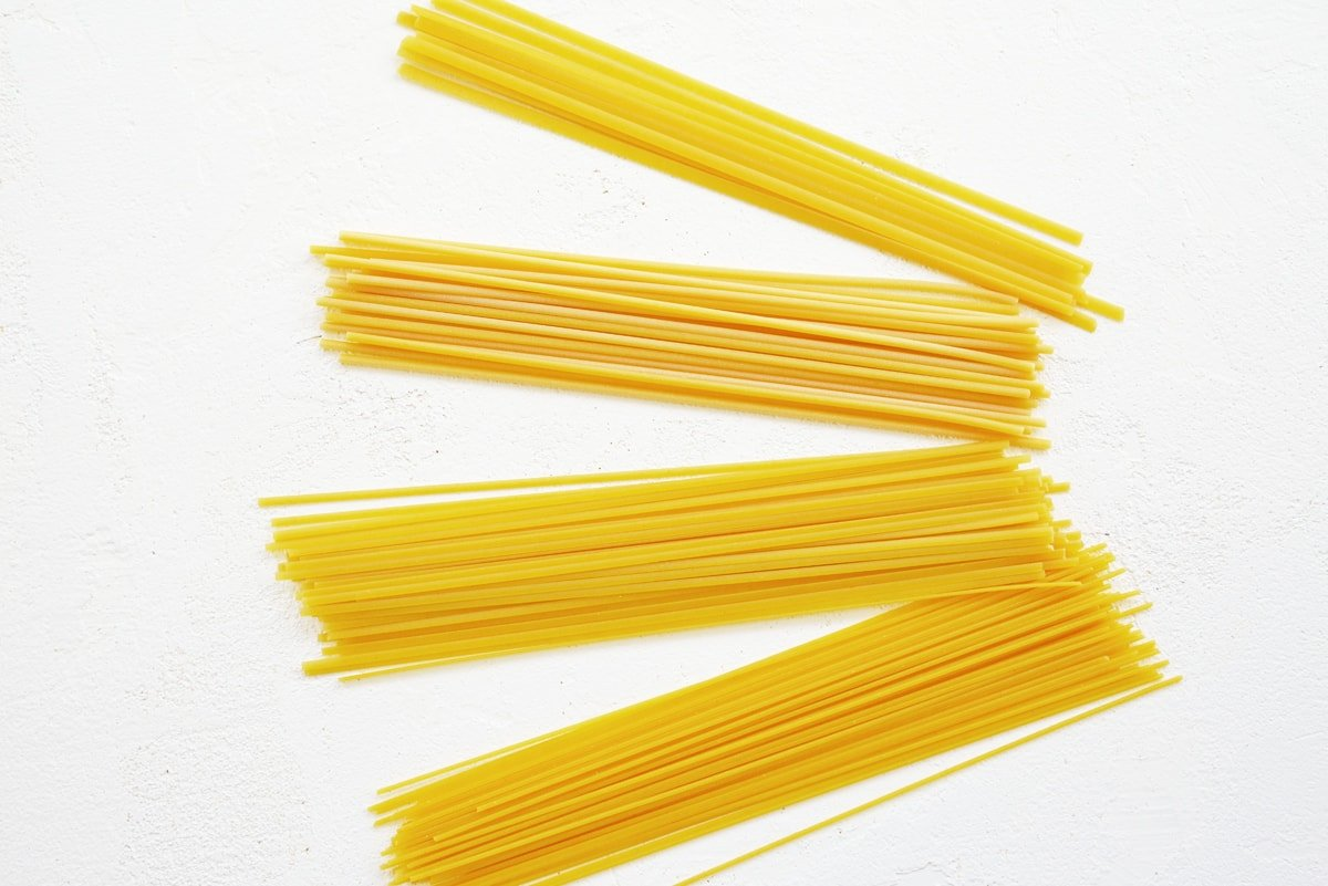 types of pasta: linguine, spaghetti, fettuccine and bucatini