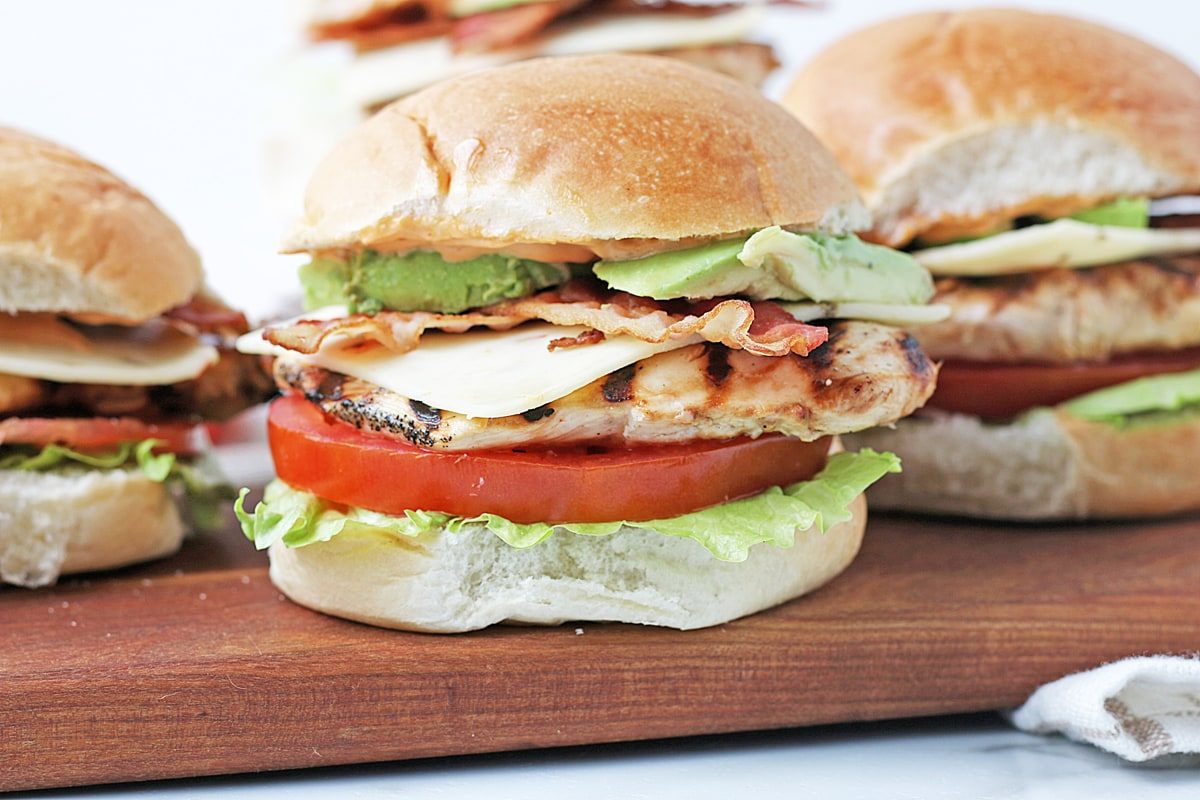 close up side view of spicy chicken sandwich