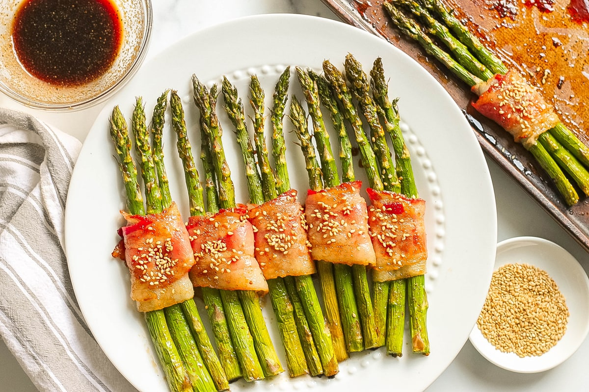 styled image of bacon wrapped asparagus