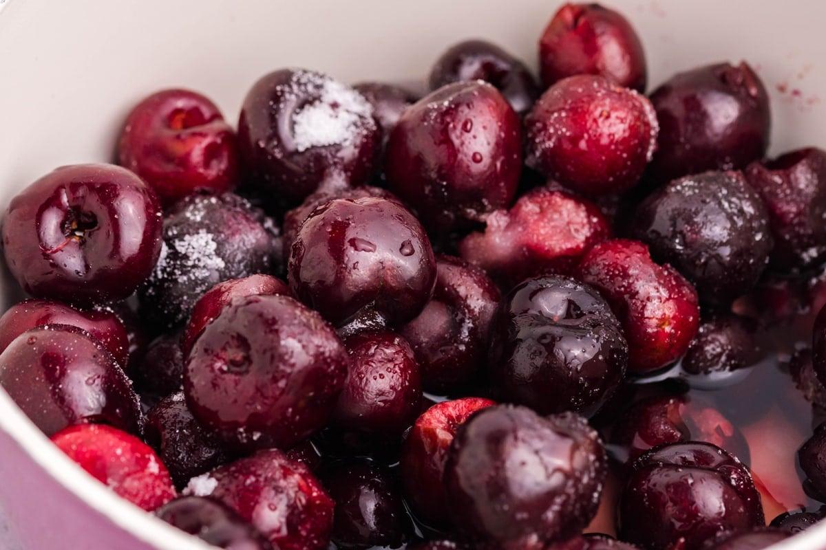 simmering cherry pie filling