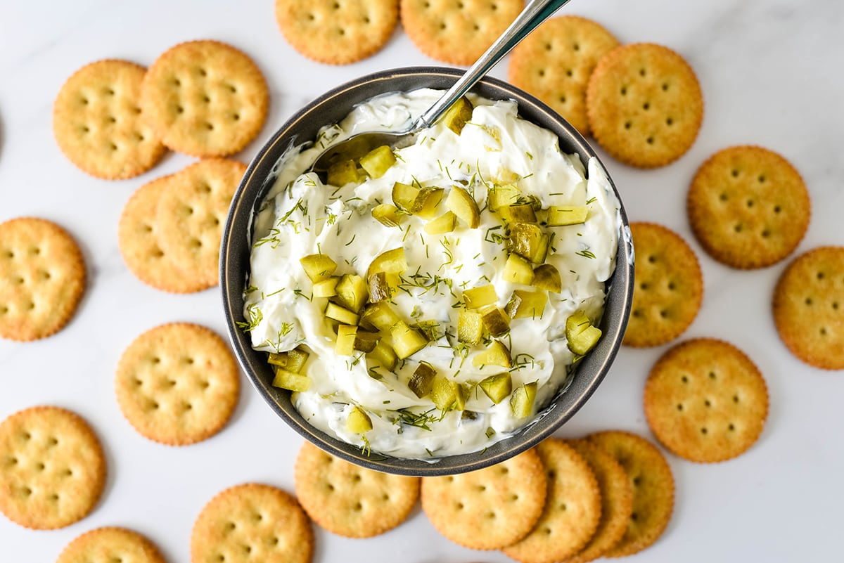 crackers for dill pickle dip recipe