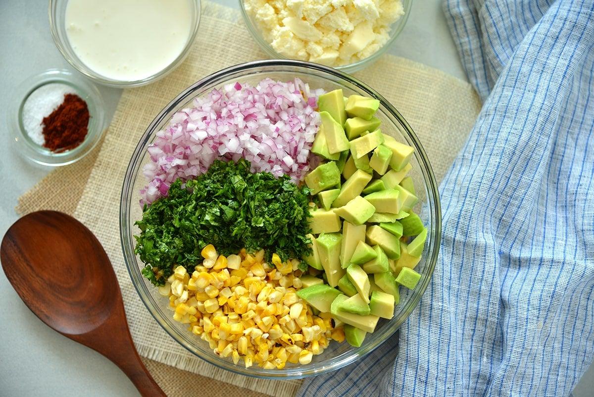 overhead of mexican street corn salad ingredients