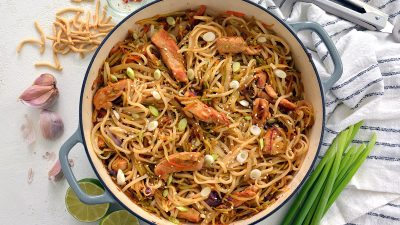 overhead of chicken rice noodle stir fry recipe
