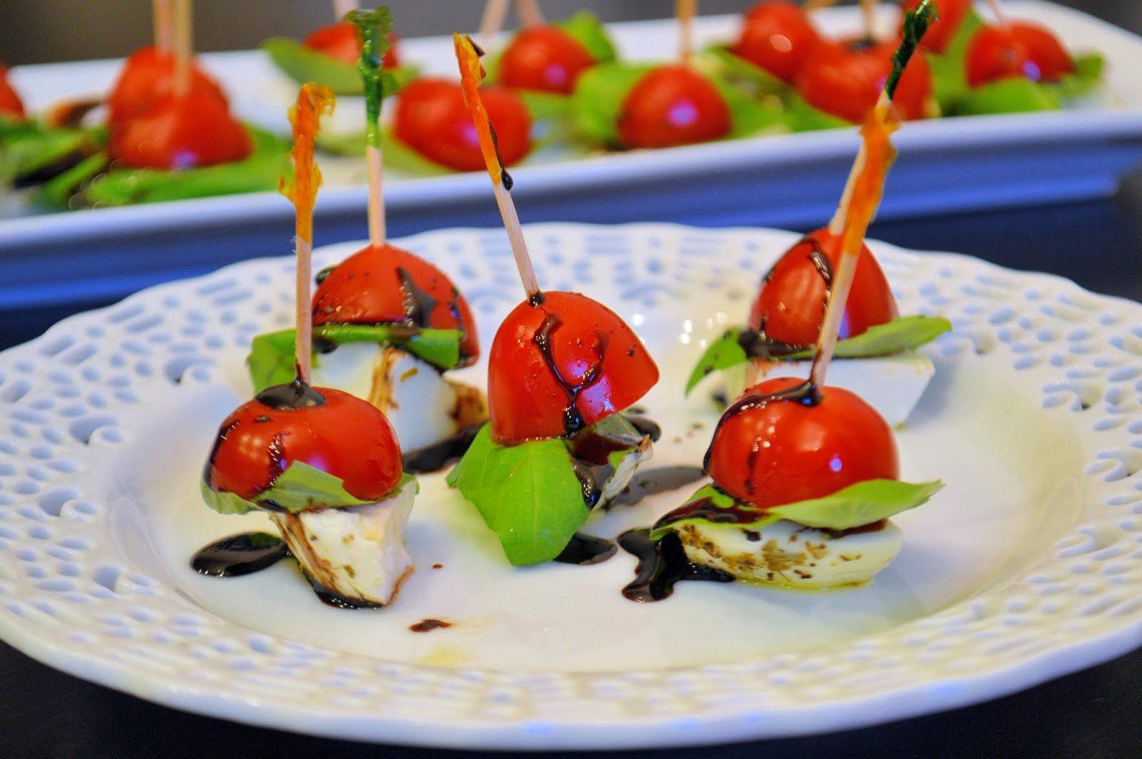 Caprese salad bites savory experiments for Amuse bouche cuisine